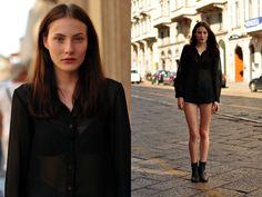 Milan Street Style : Olivia Thornton #fashion #style #streetstyle #streetfashion #modeloffduty #milan