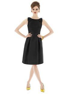Alfred Sung Style D628 http://www.dessy.com/dresses/bridesmaid/d628/?color=black&colorid=123#.Urmu1_Q-fwo