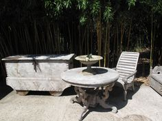 Koloniaal teak... nostalgie op terras Annapart - Schellinkhout NH Outdoor Furniture, Outdoor Decor, Home Decor, Nostalgia, Decoration Home, Room Decor, Interior Design, Home Interiors, Backyard Furniture
