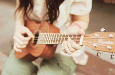 Aprender a tocar Ukelele (nem que seja uma música! rs)