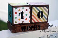 Embarazo cuenta regresiva bloques en impresiones coloridas brillantes COLOR nuevo