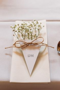 Gypsophila Baby Breath Bunting Table Place Name Setting Twine Rustic Summer…