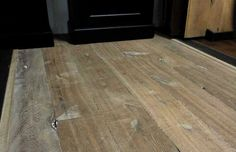 Kloostertafel lindisfarne met een gerookte houten vloer kom je