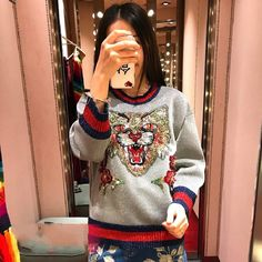 2018 Winter Runway Designer Cat Sequins Women Sweater Pullover Long Sleeve  Female Christmas Knitted Sweaters Jumper Clothes Review d0012442c4a3