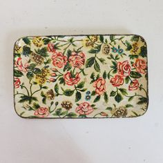 Hey, I found this really awesome Etsy listing at https://www.etsy.com/listing/157966440/vintage-chintz-tole-paper-mache-tray