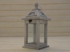 Drewniana latarnia do ogrodu. http://domomator.pl/drewniana-latarnia-ogrodu/