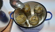 Frunze de vita-de-vie la saramura - Bunătăți din bucătăria Gicuței Food, Essen, Meals, Yemek, Eten