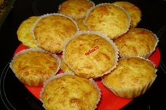 Briose cu cascaval Baby Snacks, Food Videos, Biscuits, Muffin, Breakfast, Recipes, Pizza, Home, Crack Crackers