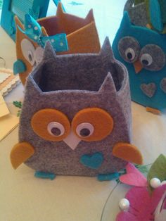 Gufo Felt Owls, Felt Cat, Big Shot, Needle Felted Animals, Needle Felting, Upcycled Crafts, Diy And Crafts, Owl Quilts, Homemade Dolls