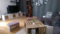 table basse fabriquée avec des caisses en bois authentiques & vintage