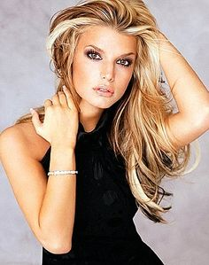 Try Jessica Simpson hair style tricks to outsmart. This page has a photo Jessica Simpson hair style. Blond Hairstyles, My Hairstyle, Pretty Hairstyles, 2015 Hairstyles, Celebrity Hairstyles, Blonde Haircuts, Classic Hairstyles, Medium Hairstyles, Elegant Hairstyles