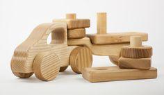 Holzlastwagen von Lotes Toys