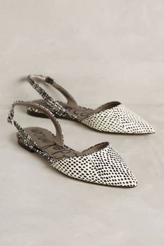 Sam Edelman Rory Slingbacks- i love this print Pretty Shoes, Cute Shoes, Me Too Shoes, Shoe Boots, Shoes Sandals, Flat Shoes, Slingback Flats, Chic Chic, Mode Style