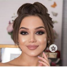 Machiaj Natural Prom Makeup, Wedding Eye Makeup, Bridal Makeup, Summer Eye Makeup, Makeup For Green Eyes, Up Hairstyles, Wedding Hairstyles, Sweet 16 Makeup, Bridal Make Up Inspiration
