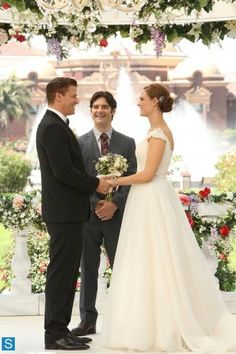 The wedding. *More Fangirling