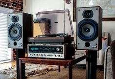 Vintage Audio Hi Fi Stereo Turntable Speakers