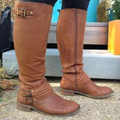 Finding wide calf boots that look nice sucks. Crazy Shoes, Me Too Shoes, Sock Shoes, Shoe Boots, Jessica Simpson Boots, Wide Calf Boots, Sneaker Boots, Autumn Winter Fashion, Riding Boots