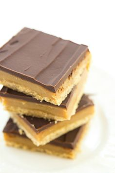 Millionaire's Shortbread - Brown Eyed Baker - A Food & Cooking Blog