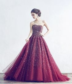 Pin by 御門桜 on ドレス (Dress) in 2019 Stunning Prom Dresses, Pretty Prom Dresses, Beautiful Gowns, Beautiful Outfits, Nice Dresses, Dresses Dresses, Fairytale Dress, Fairy Dress, Puffy Wedding Dresses