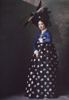 paolo roversi - vogue korea
