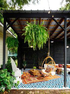 Pergola For Small Backyard Code: 8797907332 Outdoor Couch, Outdoor Living, Outdoor Decor, Small Patio Ideas On A Budget, Backyard Patio Designs, Backyard Ideas, Large Backyard, Outdoor Entertaining, Outdoor Spaces