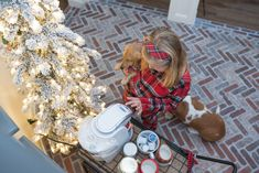 The holidays are HERE! One of my favorite things to do during the winter months is to create a cute hot cocoa bar for the kids. I'm so thrilled to partner with Home Depot today to show you how to make a quick and easy hot cocoa bar yourself- especially if you don't have the counter space for it! I found the cutest bar cart and all the fixings for an adorable hot cocoa bar that took me minutes to set up! Bar Fancy, Blogger Home, Fancy Kitchens, Hot Cocoa Bar, Best Blogs, Counter Space, Cute Mugs, Soft Blankets, More Cute