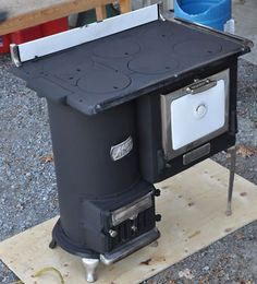 Antique Cook Stove, Wood Stove, Guelph Stove Co.