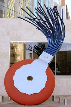 Urban installation sculpture art Giant typewriter eraser by Claes Oldenburg contemporary modern artist . Outdoor Sculpture, Modern Sculpture, Outdoor Art, Soft Sculpture, Sculpture Garden, Metal Sculptures, Abstract Sculpture, Bronze Sculpture, Modern Art