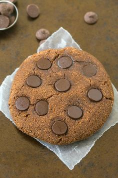 Healthy Grain Free Chocolate Brownie Protein Cookies which taste like dessert! Naturally gluten free, vegan, paleo and grain free!