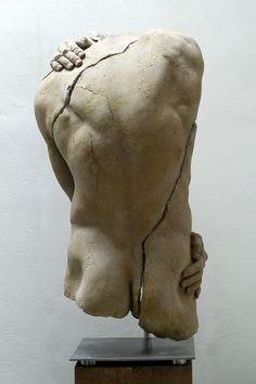 curiousmuse:  Sculpture: Borksa    http://www.artzu.co.uk/category/sculpture-portfolio/borksa-/