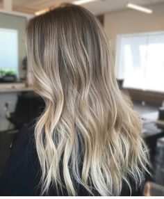 ♡•pinterest: Ana Cartolano•♡ •instagram: @anacartolano_• Blonde Hair Looks, Brown Blonde Hair, Balayage Hair Blonde, Ombre Hair, Shampoo Bomba, Pinterest Hair, Face Hair, Hair Highlights, Dyed Hair
