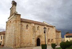 Una de las visitas básicas en Zamora es la iglesia románica de El Carmen de San Isidoro. Fue construida en el año 1178 y se ubica en la rúa de los Francos.