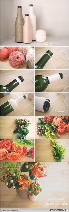 Wazon z obklejonych włuczką butelek