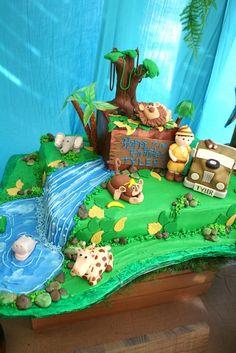 Chakoda Design *'s Birthday / Jungle Safari - Photo Gallery at Catch My Party Jungle Safari Cake, Jungle Theme Cakes, Safari Theme Birthday, Boys First Birthday Party Ideas, Safari Cakes, Safari Birthday Party, Baby Boy 1st Birthday, Jungle Party, 6th Birthday Parties