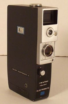 Items similar to Argus Movie Camera on Etsy Antique Cameras, Old Cameras, Cameras For Sale, Vintage Cameras, 8mm Camera, Art Of Glass, Movie Camera, Photography Equipment, Old Antiques