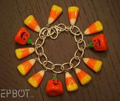 EPBOT: A Crafty Candy Bracelet - A must do! Use actual Halloween candies to make a Halloween inspired bracelet! I would love to extend this by making matching earrings and a necklace! Halloween Goodies, Halloween Candy, Halloween Diy, Diy Halloween Jewelry, Halloween Accessories, Halloween Costumes, Halloween Inspo, Halloween Patterns, Halloween Ornaments