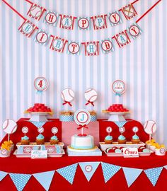 baseball birthday party tablescape