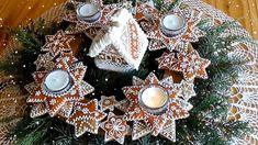 Jana Melas Pullmannová: Adventný venček z medovníkov Advent, Gingerbread, Christmas Wreaths, Holiday Decor, Youtube, Home Decor, Cupcake, Tv, Christmas Houses