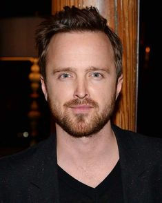 Breaking Bad stars Aaron Paul and Bryan Cranston have cryptically teased the new movie based on the show. Breaking Bad Tattoo, Breaking Bad Jesse, Breaking Bad Movie, Escape Movie, Kind Campaign, Real Phone Numbers, Bad Film, Hollywood Forever Cemetery, Vince Gilligan