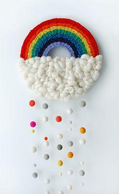 DIY: rainbow weaving