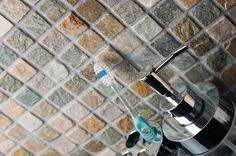 Zibo Slate Mosaics. A collection of natural slate mosaics on a mesh netting, suitable for both walls and floors, ideal for kitchens and bathrooms.