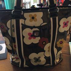 Floral Brighton Bag Such a cute purse/tote Brighton Bags