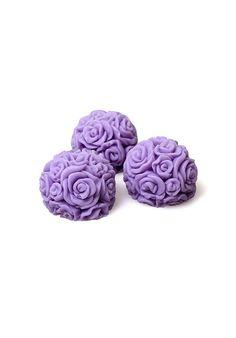 Zestaw mydeł- kulki z róż/Roses balls set