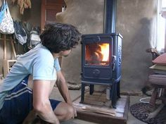 Thinking about using wood for heat? Ziggy takes a look at two popular for smaller homes. Thinking about using wood for heat? Ziggy takes a look at two popular for smaller homes. Wood Burning Stove Corner, Tiny Wood Stove, Small Stove, Small Wood Stoves, Stove Fireplace, Farmhouse Fireplace, Farmhouse Interior, Little Houses, Ovens
