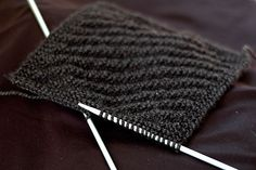 How to Knit a Dishcloth: 7 steps. Nice beginner pattern :)