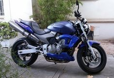 SABOT MOTEUR VS-CLASSIC | CB 600 HORNET (2003/2006) Cb 600 Hornet, Photos, Classic, Super Bikes, Motor Engine, Pictures, Photographs, Classic Books