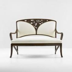 Art Nouveau sofa by Louis Majorelle , 1905 Furniture Styles, Unique Furniture, Home Furniture, Furniture Design, Floral Upholstery Fabric, Muebles Art Deco, Jugendstil Design, Art Nouveau Furniture, Art Nouveau Design