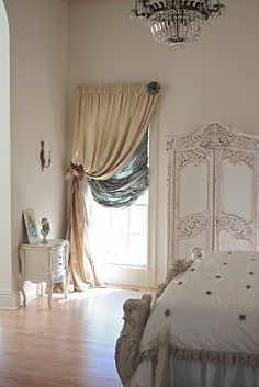 1000 Images About Window Dressing Ideas On Pinterest