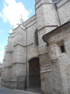 Detalle. Puerta del ábside.