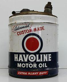 Havoline Texaco 5 Gallon Motor Oil Bulk Can Empty Nice Old Gas Pumps, Vintage Gas Pumps, Vintage Oil Cans, Vintage Tools, Vintage Cars, Old Garage, Garage Art, Garage Shop, Chevron Gas
